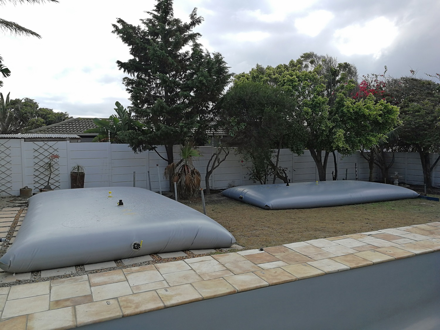 Temporary Swimming Pool Water Storage Bladders in Cape Town